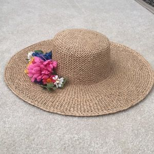 Liz Claiborne straw hat